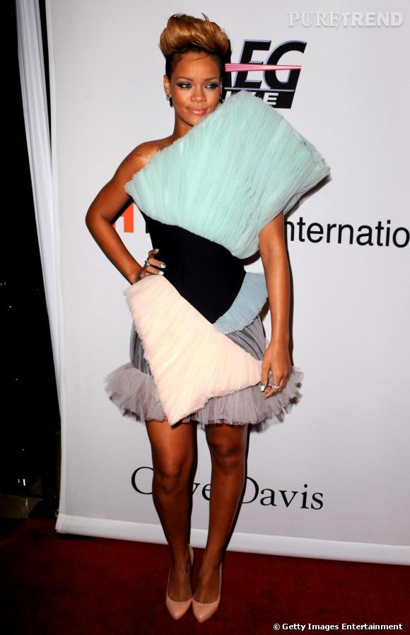 Rihanna, l'oiseau de paradis en robe de tulle