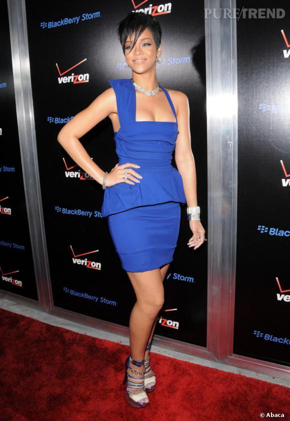 Rihanna a une prédilection pour les couleurs élctriques