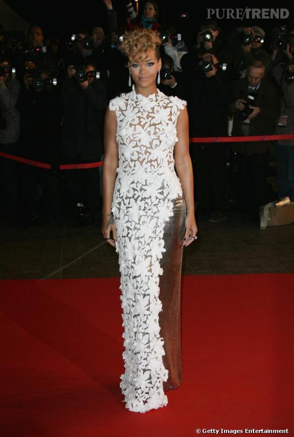 Parmi les nombreuses chanteuses fan de Jean-Paul Gaultier, Rihanna qui avait opté pour un look de la collection Haute Couture sur le red carpet.