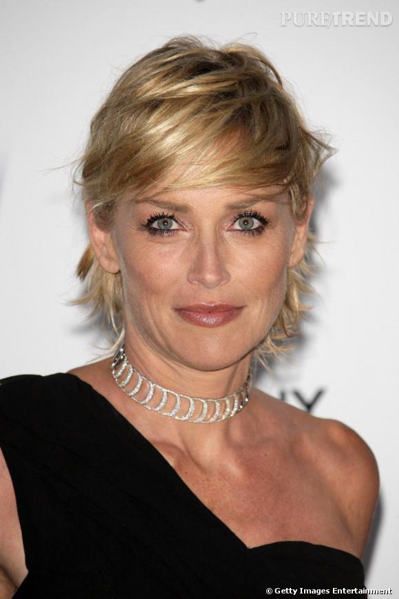 Sharon Stone, un court méché glamour maintenant iconique...