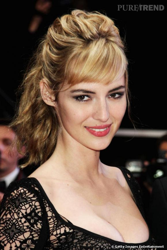 "Louise Bourgoin, un faux air de ""no coiffure"". On adore!"