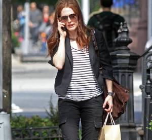 Julianne Moore ose le cargo pants... un look à shopper !