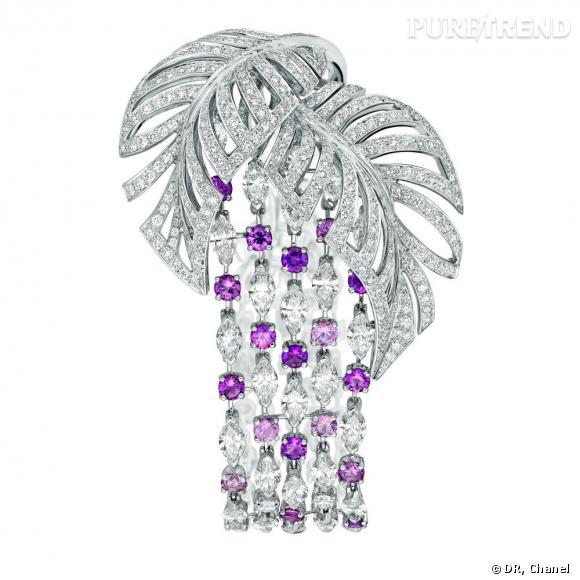 """Chanel Joaillerie       Bracelet """"Colibri"""" en or blanc 18 carats, serti de 16 diamants taille rond pour un poids total de 2,5 carats, 452 diamants taille brillant pour un poids total de 5,5 carats, 44 diamants taille navette pour un poids total de 12,5 carats et 24 saphirs multicolores pour un poids total de 6 carats."""