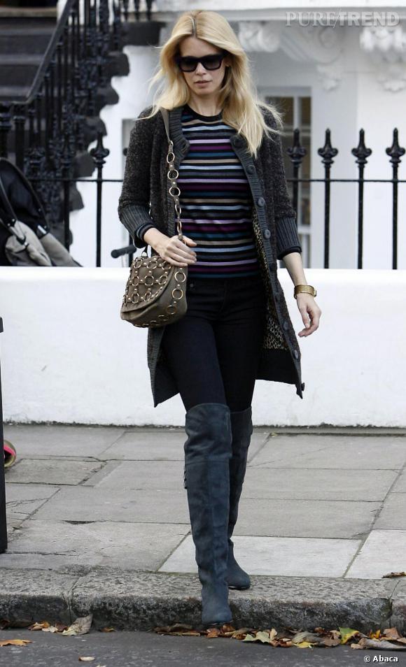 Claudia Schiffer dans les rues de Londres.
