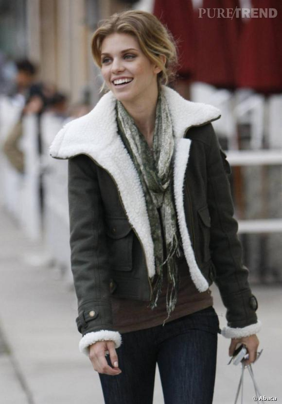 AnnaLynne McCord dans les rues de Beverly Hills.