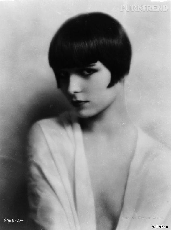 Blondes Vs Brunes      Icône des années 30, Louise Brooks incarne la vamp avec sa crinière de jais et son carré à frange.