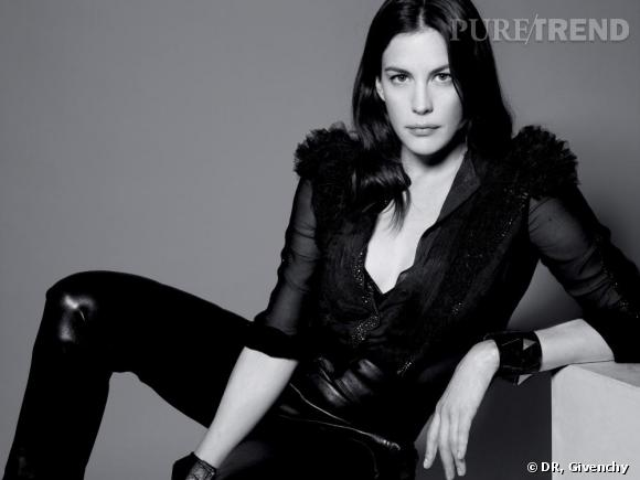 Liv Tyler pour Very Irresistible l'Intense de Givenchy.