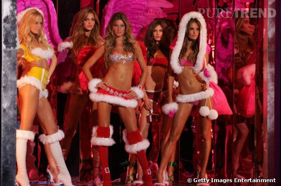Le défilé Victoria Secret 2007 avait pour thème les mamans noël ... Sexy evidemment !