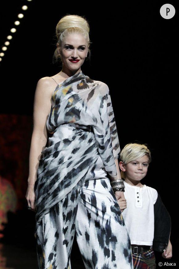 Gwen Stefani clôture son défilé L.A.M.B automne-hiver 2011.