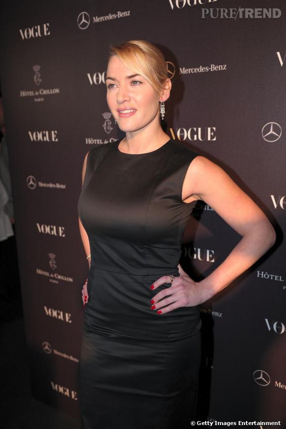 """Kate Winslet à la soirée Vogue, pour le """"Petit Salon des Jeunes Créateurs"""", à Paris."""