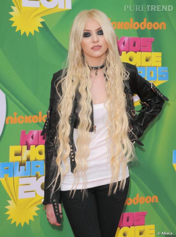 Taylor Momsen aux Kids Choices Awards 2011 à Los Angeles.