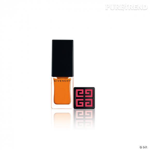 Les vernis de l'été 2011     Nicolas Degennes, le directeur artistique de Givenchy beauté, revisite un classique de Stanley Kubrick. Orange Mécannique s'applique désormais au pinceau. Cet été l'orange est acide ...et sans pépins.     Prix :     16, 50 euros