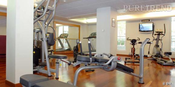 spa valmont paris situ dans l 39 enceinte de l 39 h tel meurice le spa valmont offre une petite. Black Bedroom Furniture Sets. Home Design Ideas