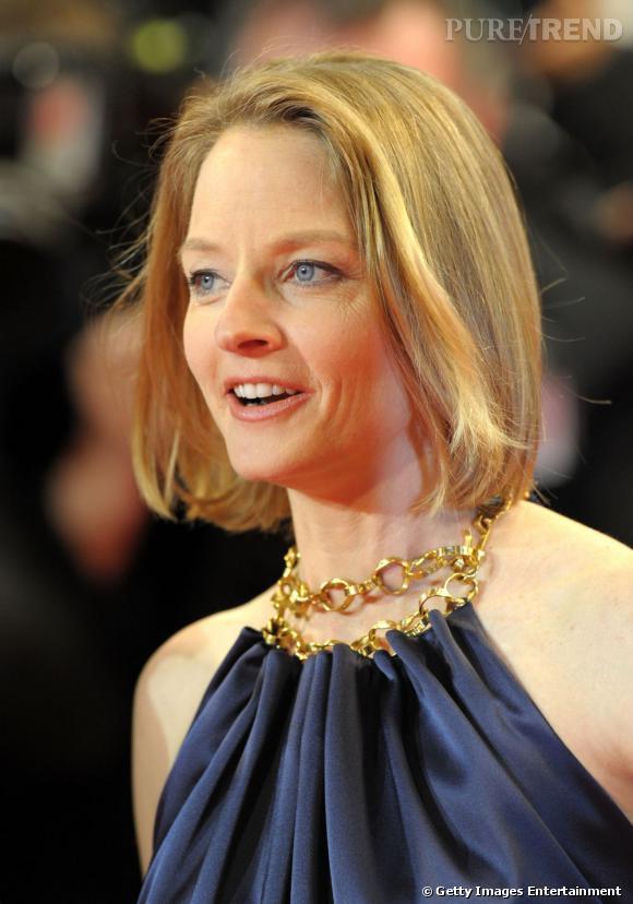 Cannes : les plus belles coiffures du mercredi 18 mai   Le carré se fait sage chez Jodie Foster, le lissé est impeccable.