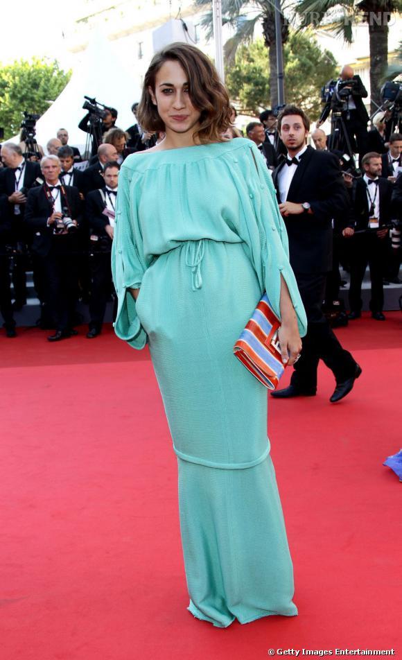 Delfina Delettrez met de la couleur sur le red carpet.