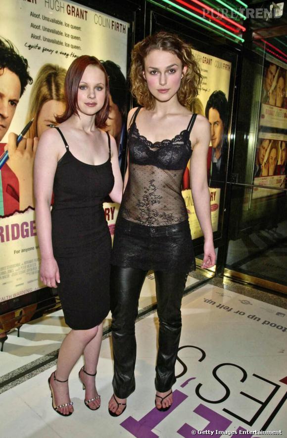 """Période ingrate, en 2001, Keira a 16 ans (ici, à la première du film le """"Journal de Bridget Jones"""")."""