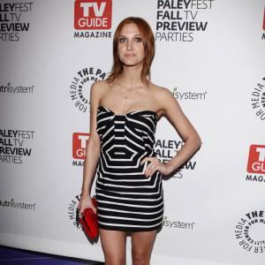 La robe graphique Nuj Novakhett version Ashlee Simpson...