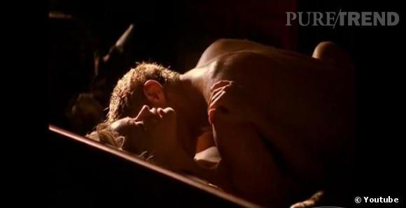 """Dans """"Sexe Intention"""" la scène tant attendue entre Reese Witherspoon et Ryan Philippe est restée gravée dans les annales."""