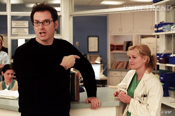 """La micro Reese Witherspoon dans """"Et si c'était vrai"""" est à la fois fantôme et médecin. Et ça, c'est la classe."""
