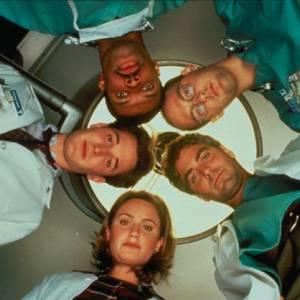 """Évidemment, l'incontournable """"Urgence"""" avec entre-autres George Clooney et Noah Wyle. Rien que ça !"""