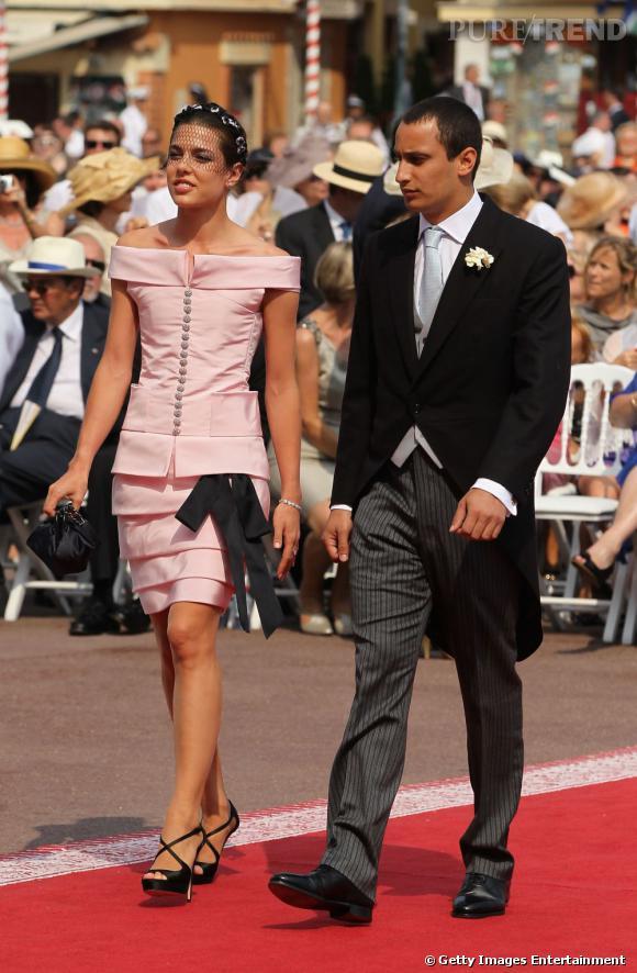 Charlotte Casiraghi, digne héritière de Grace Kelly dans sa robe Chanel Couture Printemps 2011 au mariage du Prince Albert et de Charlene Wittstock cette année.