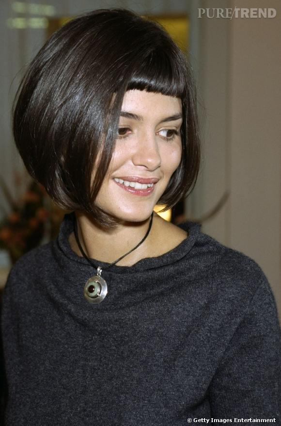 Coupe de cheveux frange tres courte