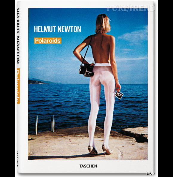 Helmut Newton Polaroids, aux éditions Taschen       On connaît tous au moins une photo d'Helmut Newton, mais on connaît moins ses Polaroids. Ce livre rassemble des centaines de clichés réalisés sur plusieurs décennies, dont l'imperfection les rend exceptionnelles. Un must-have pour les fans de photos de mode.       Prix : 39.99€     En vente  www.taschen.com