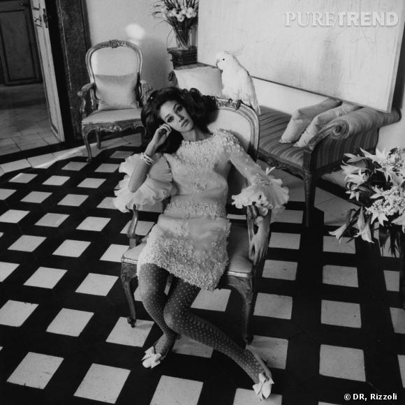 Marisa dans une robe Valentino, photo d'Henry Clarke, pour le  Vogue US , Mars 1968.