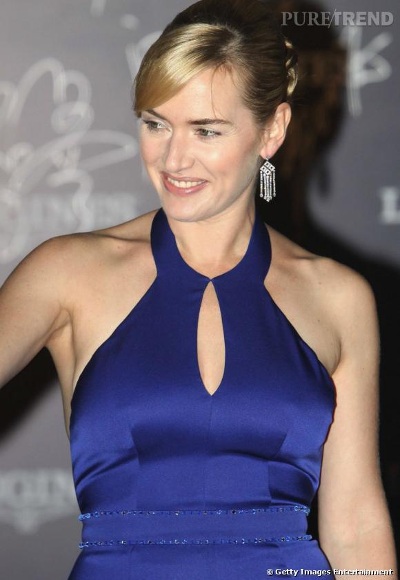 Kate Winslet en Chine fait la promotion de la marque Longines.
