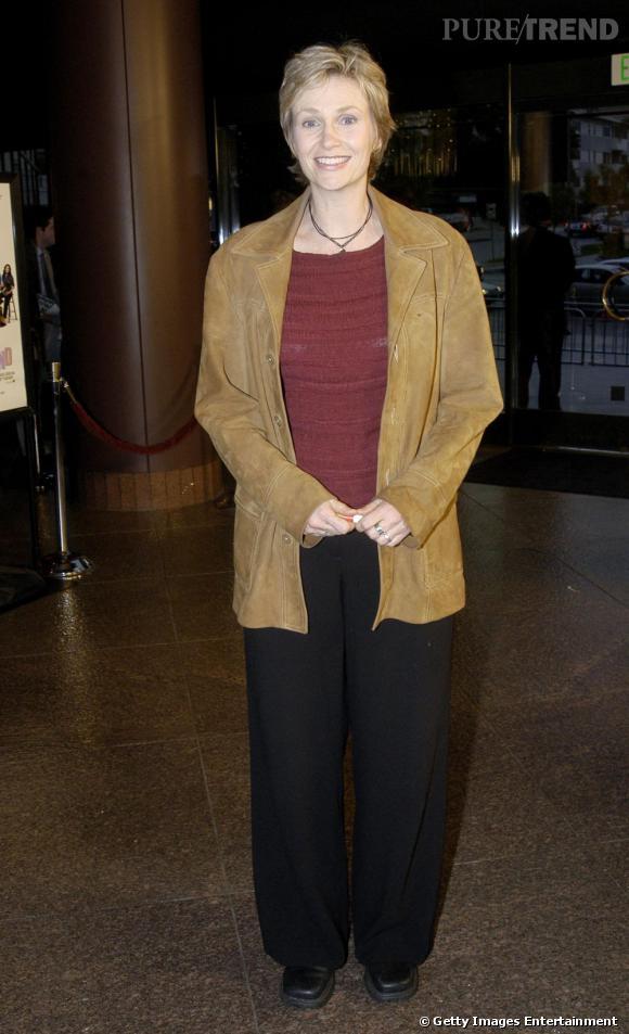 En 2003 :     Jane ne semble pas très concernée par un quelconque sens du style...