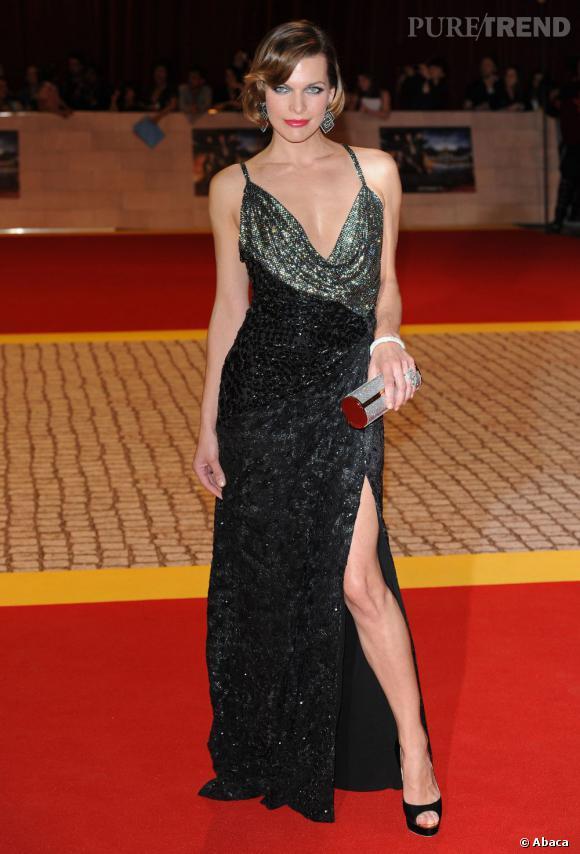 """Loin des podiums, Milla est un couteau suisse, partageant sa vie entre sa collection de vêtements Jovovich-Hawk et le cinéma. Elle est actuellement à l'affiche du film """"Les trois mousquetaires""""."""