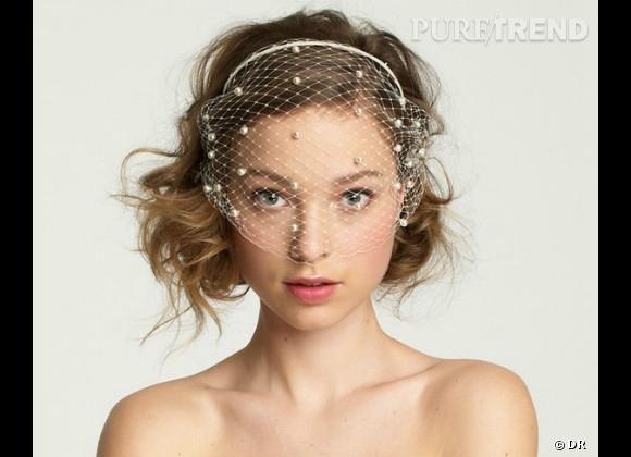 Les accessoires pour un mariage de princesse Voilette plumetis J. Crew, 266,27 € sur www.jcrew.com .