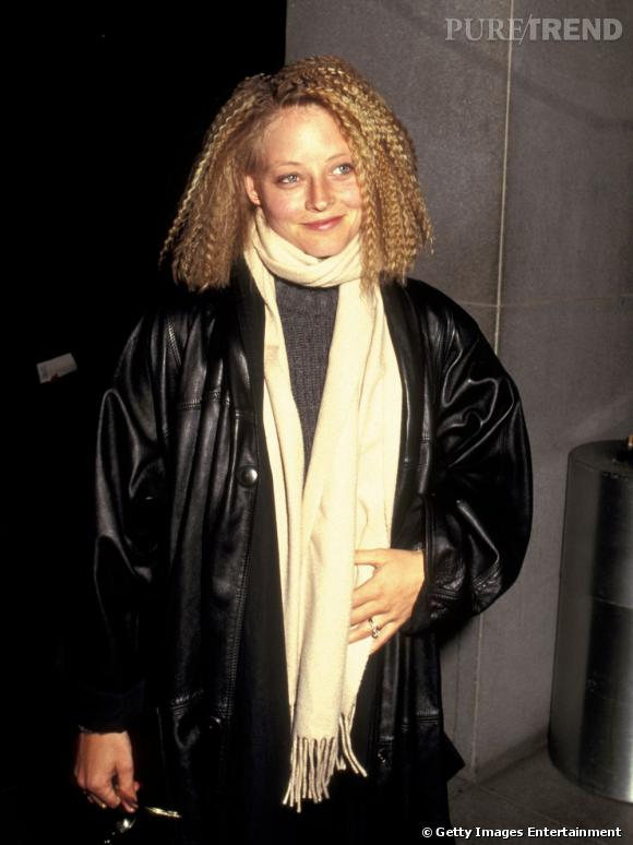 En 1987 :  Jodie se prend les 80's en pleine figure, aïe !