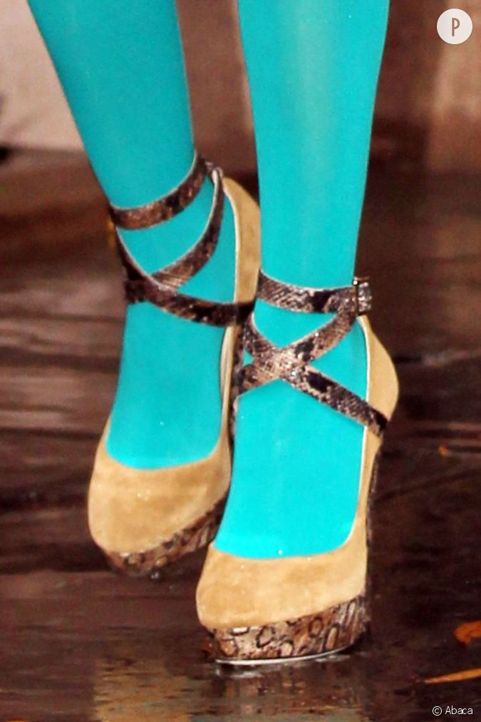 Photos de collants et de sandales