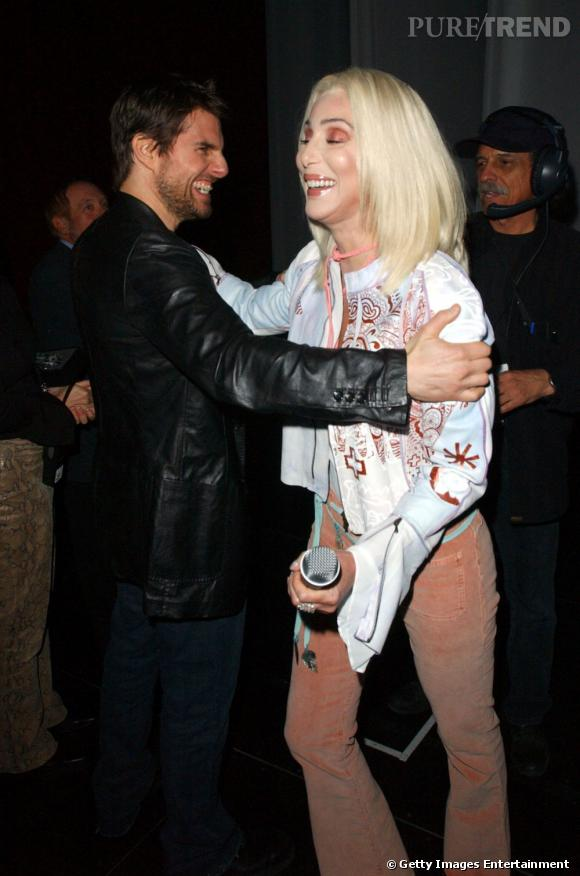 Dans sa période cougar, Cher est sortie avec Tom Cruise. C'était en 1986, Tom avait  24 ans et elle 40.