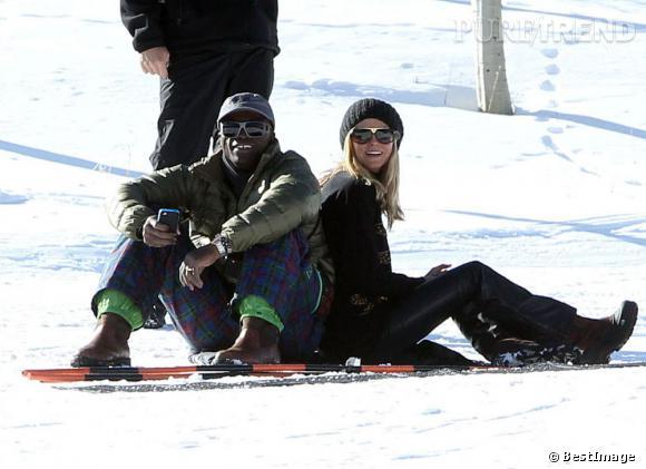 Heidi Klum et Seal prennent la pose sur la neige d'Aspen. Du cuir pour la belle, du carreau pour le chanteur, le couple reste à la pointe de la mode même sur les pistes.