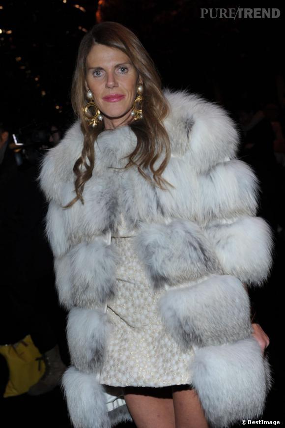 Anna Dello Russo au défilé Versace Homme à Milan.