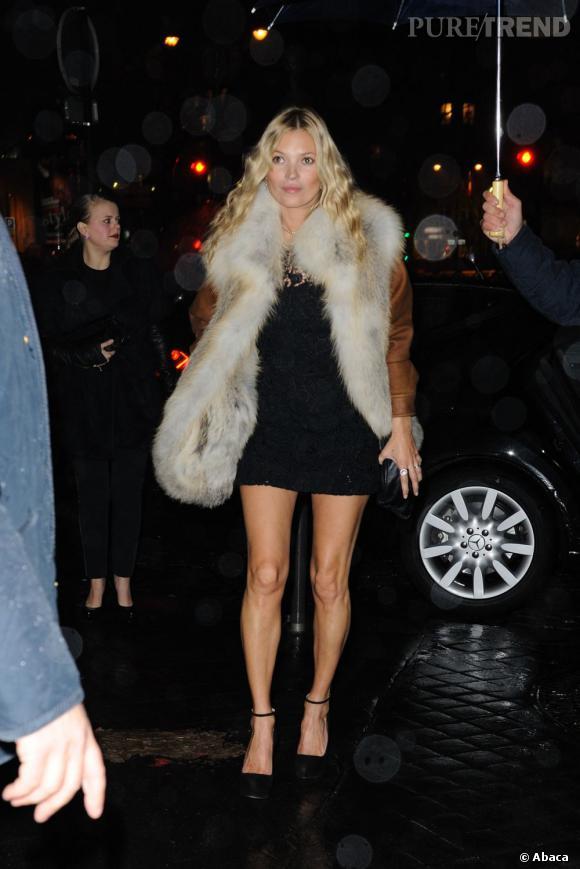 Kate Moss lors de la soirée organisée par Prada pour l'ouverture de son musée éphémère à Paris.