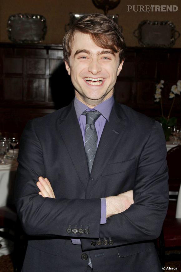 Sa funny story : durant une interview il se prend vraiment pour Harry Potter.