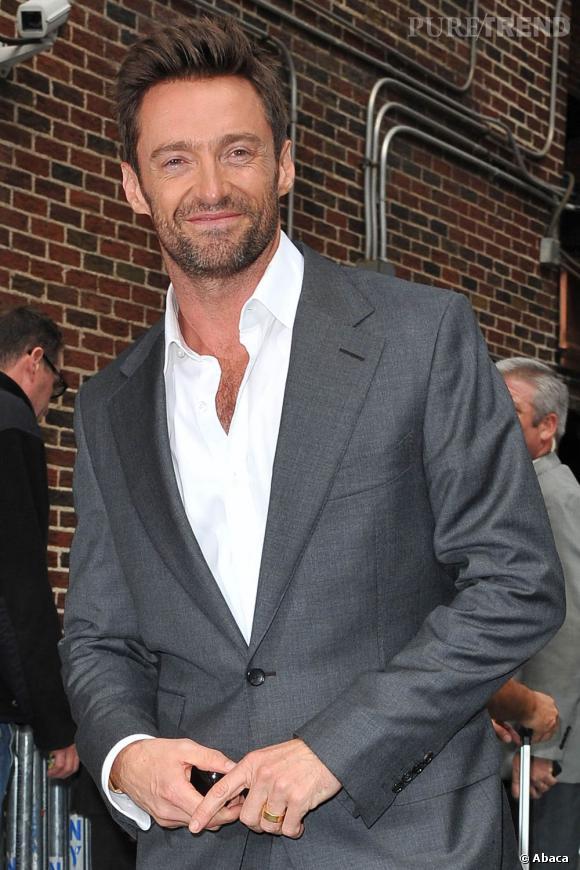 Hugh Jackman est un homme, un vrai. Un de ceux qui portent les cheveux en l'air et les côtés courts. Et on aime ça.