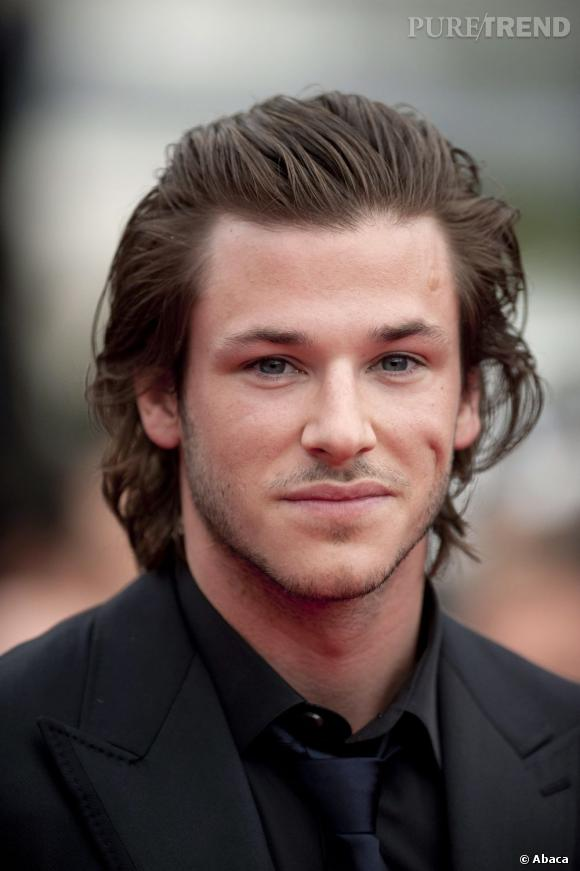 gaspard ulliel a galemnt les cheveux mi longs mais il. Black Bedroom Furniture Sets. Home Design Ideas
