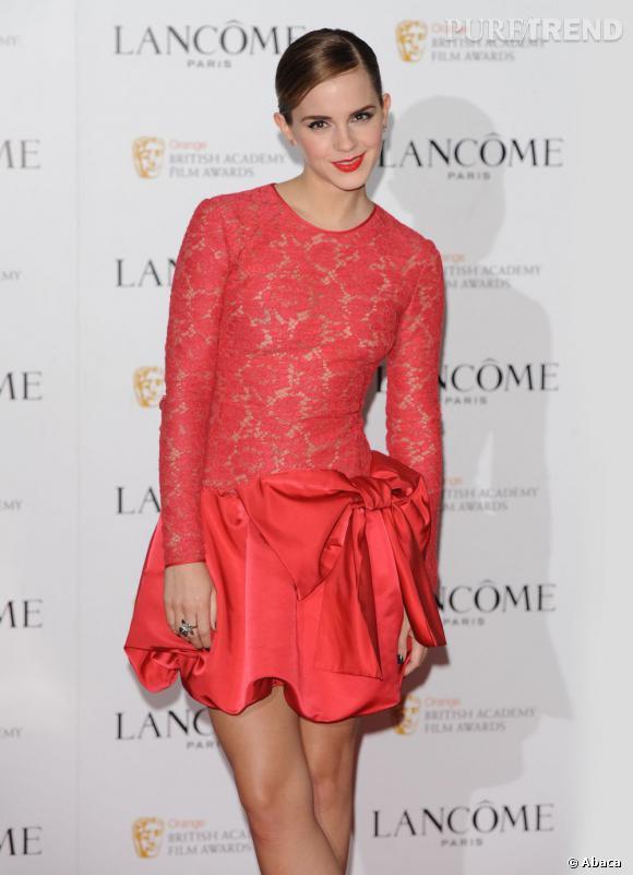 Emma Watson à la soirée pré-Grammys 2012 organisée par Lancôme à Londres.