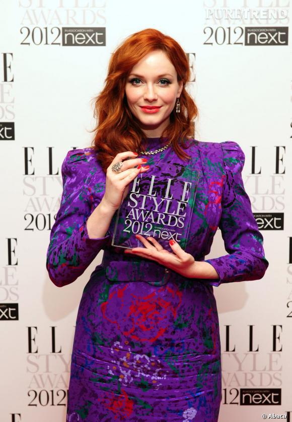 Lors des Elle Style Awards, Christina Hendricks remporte le prix de la meilleure actrice TV.