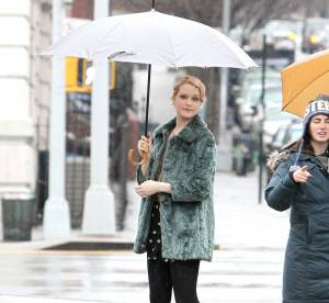 Evan Rachel Wood, singing in the rain