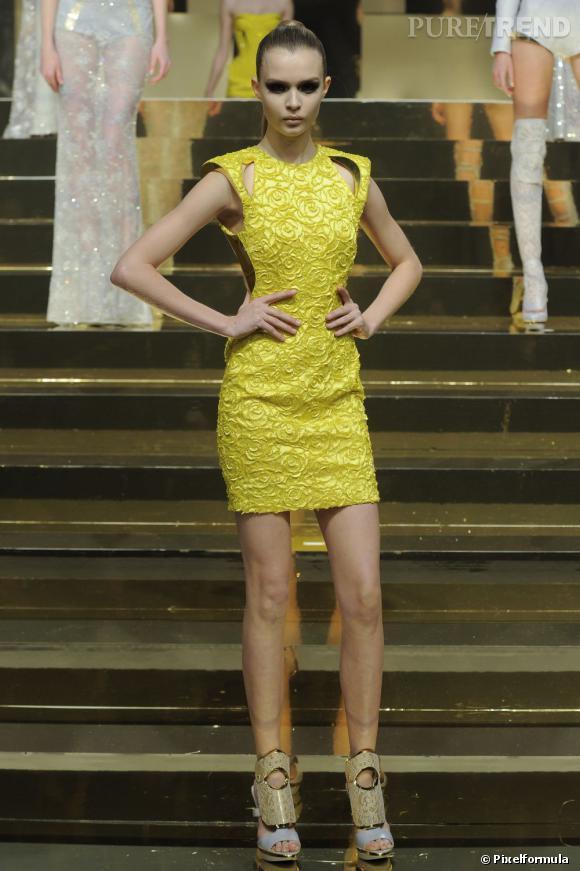 Défilé Atelier Versace Printemps-Eté 2012.