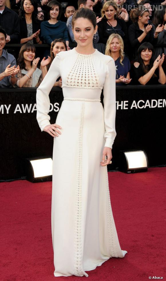 Shailene Woodley a aussi opté pour une robe haute Couture, mais cette fois-ci signée Valentino.