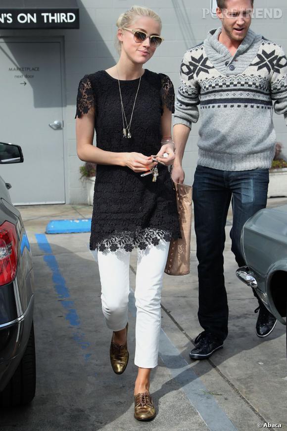 Amber Heard dans les rues de Los Angeles.
