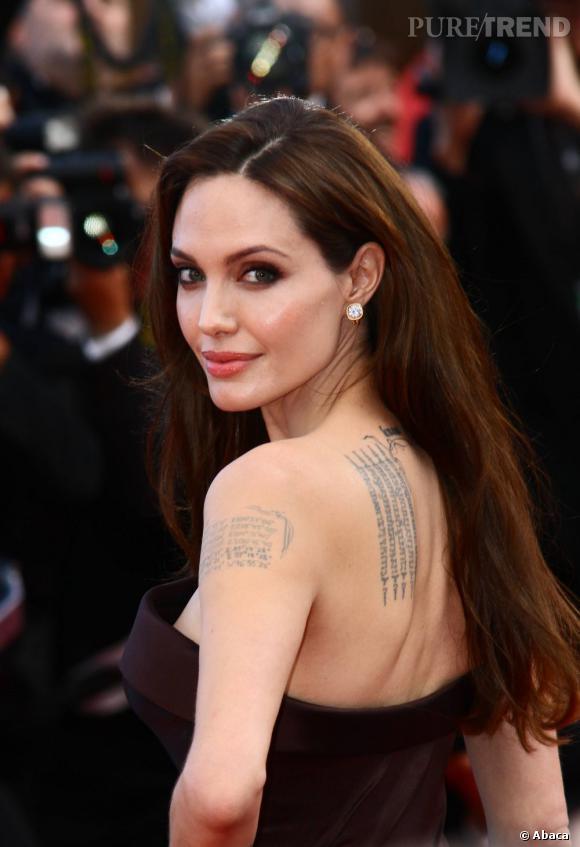 Angelina Jolie est une beauté fatale au naturel.