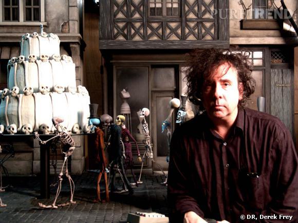 Les Noces funèbres (Corpse Bride) Réalisé par Tim Burton et Mike Johnson (2005). A l'image : Tim Burton sur le plateau.