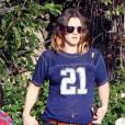 Drew Barrymore mise sur une tenue mode et cool à la fois.